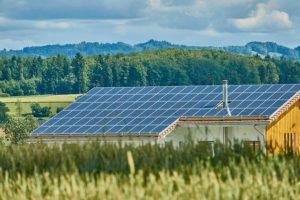 Maison chamaps avec panneaux solaires